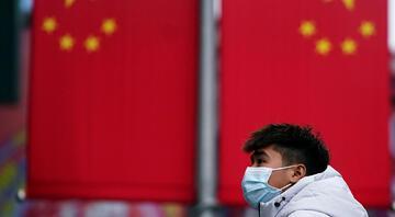 Çin Seddine virüs yasağı
