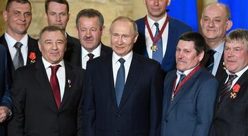Kremlin Putinin corona virüsten nasıl korunduğunu açıkladı