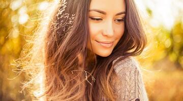 Sıcak Çikolata Saç Rengi Kimlere Yakışır Akar Mı Bakımı Nasıl Yapılır