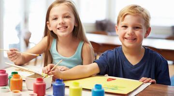 Çocuklarla evde yapılabilecek 12 aktivite