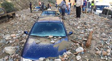 Artvinde sel felaketi: Bir kişi öldü, üç kişi kayıp