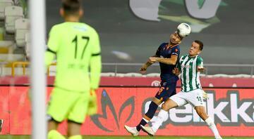 Konyaspor - Başakşehir maçından fotoğraflar