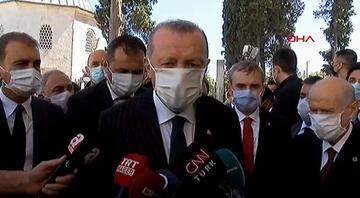 Cumhurbaşkanı Erdoğan Fatihin türbesinde... Namaza katılanların sayısını açıkladı