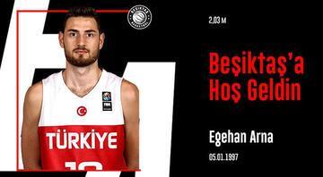 Fenerbahçeden ayrıldı Beşiktaşa imzayı attı