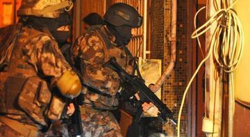 Bursa merkezli 7 ilde FETÖnün askeri yapılanmasına operasyon: 12 gözaltı