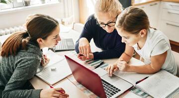 Eğitime özel destek eki… EBA dersleri artık günü gününe Hürriyette