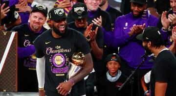 NBAde şampiyon Los Angeles Lakers İşte şampiyonluk fotoğrafları...
