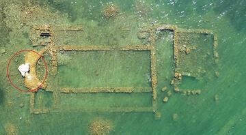 Sular çekilince 2 bin yıllık bazilika gün yüzüne çıktı