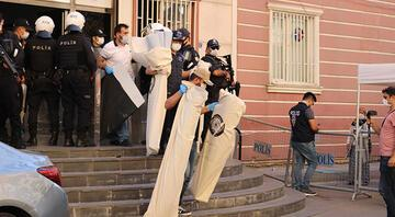 Diyarbakırda HDPli eş başkanlar gözaltında... Deliller böyle çıkarıldı