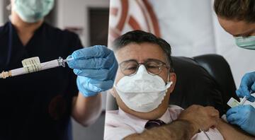 İlk koronavirüs aşısı ünlü profesör Mustafa Necmettin Ünala yapıldı