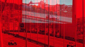 15 Temmuz Şehitler Köprüsünde tarihi an Formula 1 araçları Boğazda...