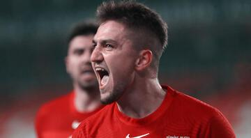 Rusya galibiyetinin ardından olay oldu Cengiz Ünder ve Galatasaray...