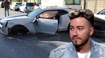 Enes Batur kaza yaptı... Etilerde bir ağaca çarptı, otomobili kullanılamaz hale geldi