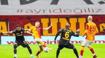 Galatasaray - Kayserispor maçından öne çıkan fotoğraflar
