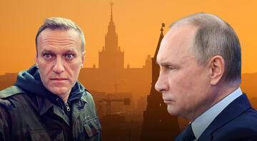 Rus muhalif lider Aleksey Navalniden gündem yaratacak sözler Kamuflajları giyindi ve konuştu...