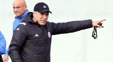 Antalyaspor'da Galatasaray maçı öncesi 7 eksik Ersun Yanal...