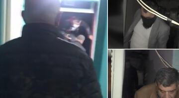 Polis kumar oynayanlara baskın yaptı Çatıya kaçtılar