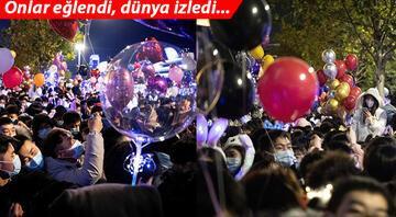 Koronavirüs salgını orada ortaya çıkmıştı... Yeni yılı çılgın partilerle karşıladılar