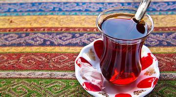 Menemen, pastırma derken bu kez çay tartışması: Şekerli mi içilir şekersiz mi