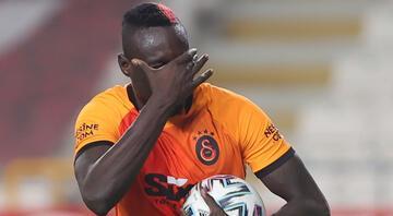 Galatasarayda Mbaye Diagneden transfer yanıtı