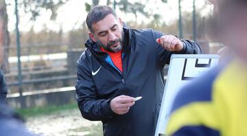 Menemensporda Ümit Karan ilk transferini yapıyor Berkay Samancı...