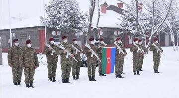 TSK gövde gösterisine hazırlanıyor Azerbaycan askeri Karsa geldi...