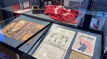 Türkiyenin ilk milli bayrak müzesinde tarih sergileniyor