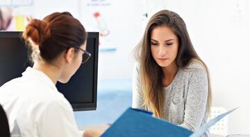 Rahim ağzı kanserine karşı düzenli kontrol büyük önem taşıyor
