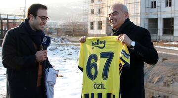 Fenerbahçe TV, Mesut Özil için Devrekte