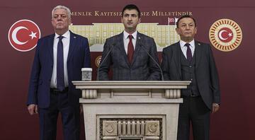 CHPde 3 milletvekili istifa etti