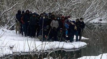 Yunanistanın şiddet uyguladığı göçmenler donmaktan kurtarıldı