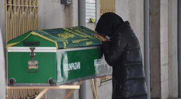 Diyetisyen eşini öldürüp intihar eden doktorYusuf Onur Kaan Bozkurt toprağa verildi