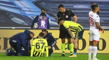 İşte Fenerbahçe'deki sakatlık gerçeği Luiz Gustavo ve Mesut Özil...