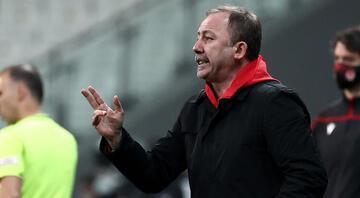 Beşiktaşta Sergen Yalçın zaferin perde arkasını anlattı Limitleri zorluyor
