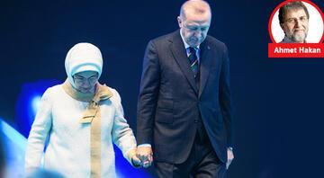 Kongreden ince çizgiler: Erbakan Hoca'nın hangi geleneği hayata geçti