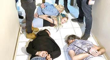 Yarasa kız baskını 115 kişi gözaltına alındı