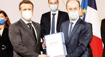 Macron'a Ruanda soykırımı raporu: Fransa'nın sorumluluğu var suçu yok