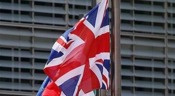 İngiltere ekonomisi sert daraldı