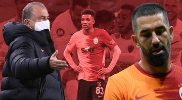 Hatayspor-Galatasaray maçında Fatih Terimin kararları olay oldu Golden sonra sosyal medya yıkıldı, ilk kez...