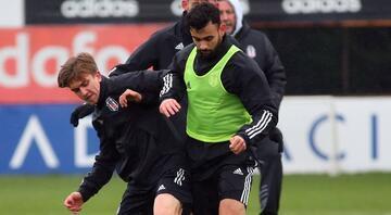 Beşiktaşta Rachid Ghezzal takımla birlikte çalıştı