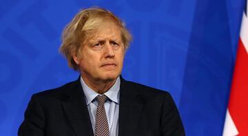 Gözler Boris Johnsonın açıklamasında Seyahat süreciyle ilgili kritik karar masada