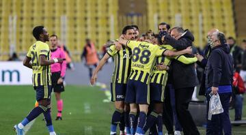 Süper Ligde zirve yarışı karıştı Puan durumu ve maçlar...