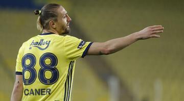 Fenerbahçede 37 ortanın 20'si Caner Erkinden