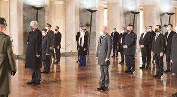 BM Genel Kurul Başkanı Bozkırdan Anıtkabir ziyareti