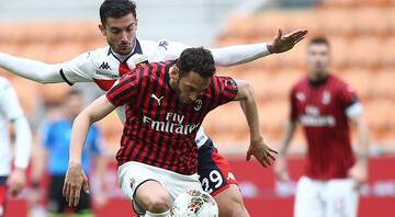 Milandan Hakan Çalhanoğlu için flaş sözleşme açıklaması Kulüp üzerine düşeni yaptı