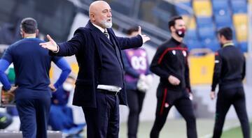 Hikmet Karamandan UEFA çıkışı Önce buna cevap versinler...