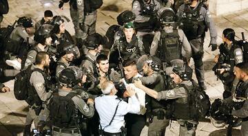1 Filistinliye 20 İsrail polisi
