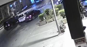Esenyurtta kavga ettikleri sürücüyü hastanelik ettiler yol verme kavgası kamerada
