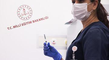 Öğretmen ve okul çalışanları için koronavirüs aşısı randevusu açıldı