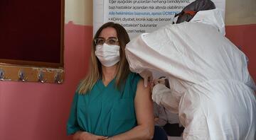 7 Hazirandan itibaren... Bakan Koca duyurdu: Tüm öğretmenler aşı yaptırabilecek